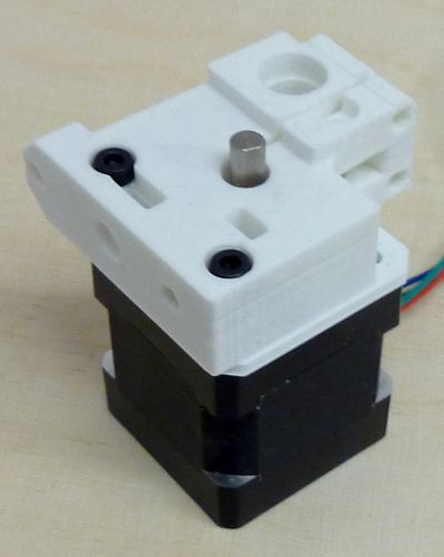 Reprappro-multi-materials-extruder-drive-block-mounting.jpg