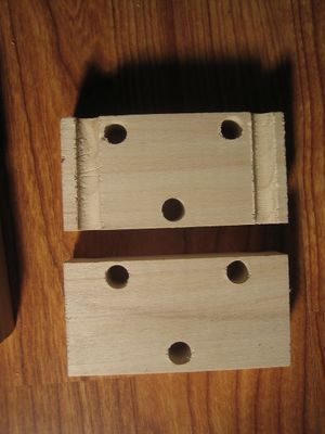 Z-bearing-block-match-groove.JPG