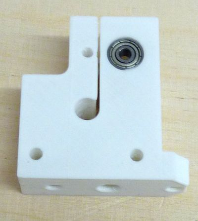 Reprappro-multi-materials-back-bearing.jpg